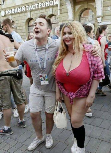 иностранцы не знают, что у толстух большие сиськи не считаются