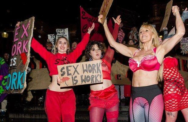 а в Лондоне проститутки бастуют